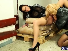 glam hoe voided urine on by sissy