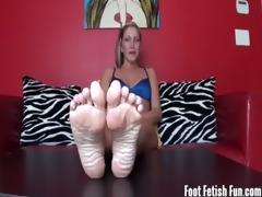 worship your lascivious step-sister&#0111 s