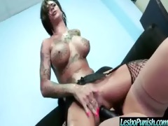 hawt lesbian use sex tool sex toys to chastise
