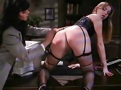 lesbos in sexy office delight