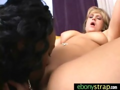 hawt and wild interracial lesbo snatch grinding 05