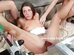lesbo hotties playing with large fucking machines