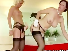 older lesbo euro sweetheart in stockings receives