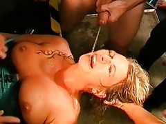 lesbians acquires group pissing