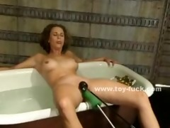 shaggy doxy in water bathing whilst a mechanic