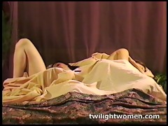 twilightwomen - wicked lesbo masturbation and