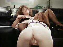 retro office lesbian babes