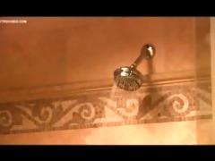 kaylani lei and leah livingston shower time