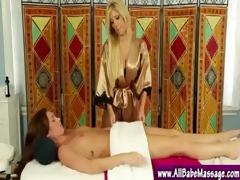 masseuse fingering hawt client