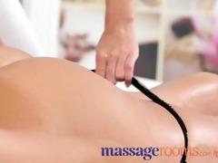 massage rooms elegant model receives lengthy legs