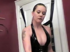 lez dominant dungeon - scene 4